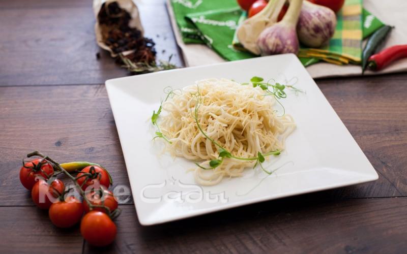 Спагетти с сыром